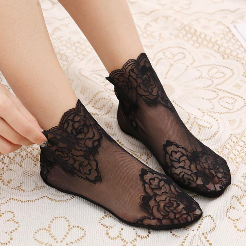Summer Thin Black Lace Women Transparent Tulle Flower Socks Ankle Short Breathable Funny Socks Female Dress Hosiery Street