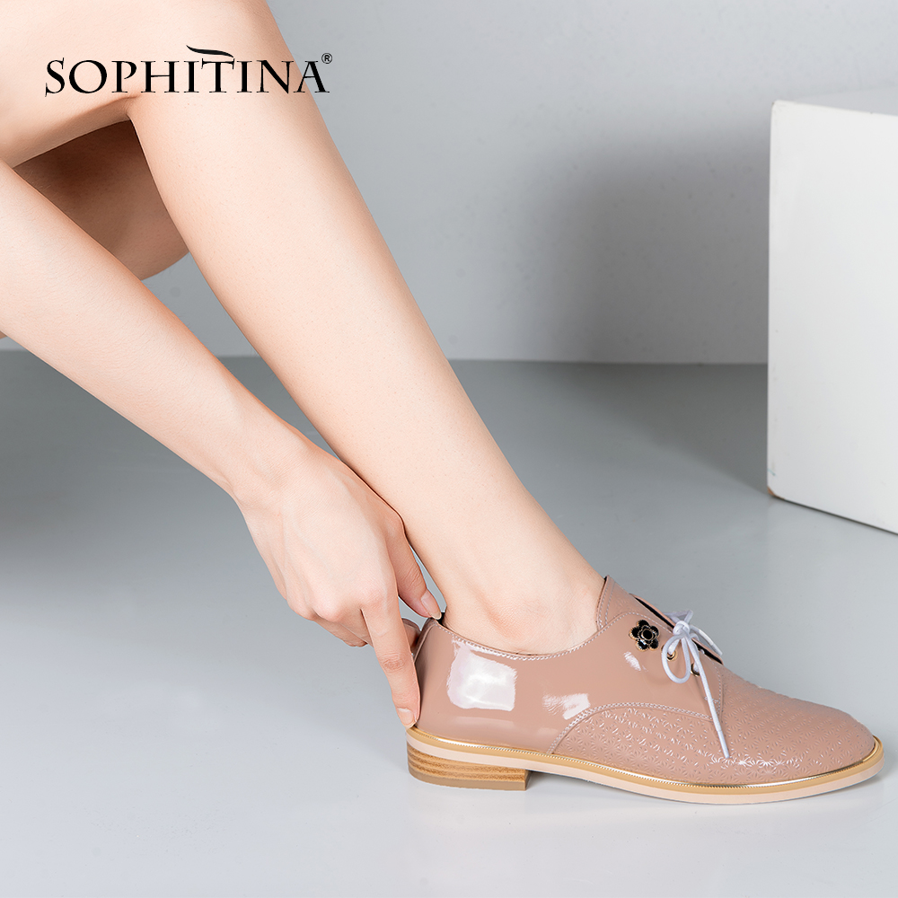 SOPHITINA Patent Leather Lace-up Flats Black Nude Low Heels Round Toe Shoes 2019 Hot Sale Handmade Oxford Flats Office Lady P69