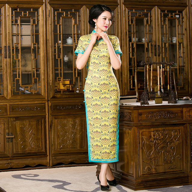 New Arrival Charming Sexy Long Qipao Vintage Chinese Tradition Women s Silk  Long Cheongsam Dress Size S M L bc698726e84e