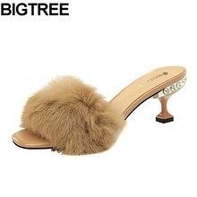BIGTREE осень-зима обувь на меху Для женщин с открытым носком пушистые, плюшевые натуральный мех Шлёпанцы на открытом воздухе на высоком каблуке замшевые сапоги из натуральной кожи с Украшенные стразами сандалии