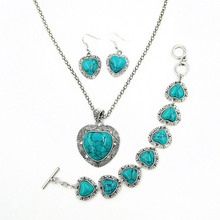 Vintage Women Turquoise Jewelry Set Tibetan Silver Turquoise Heart Pendant Necklace and Earrings Heart Love Bracelets Jewelry