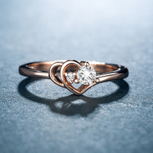 Huitan Rose Gold Color Wedding Ring For Women Heart Shaped With Sparkly CZ Stone Romantic Bridal Factory Direct Selling