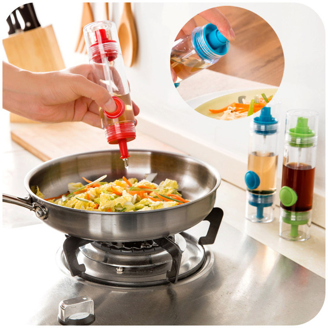 Double Button Spray Bottle Oil Can Vinegar Sauce Creative Kitchen Supplies  With Lid Dust Seasoning
