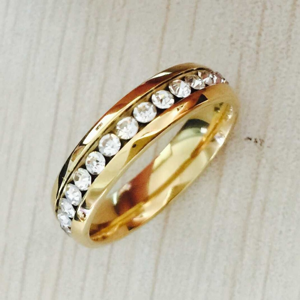 Famous Brand Clic 6mm Gold Color Cz Rhinestone Rings Wedding Band Ring For Women And