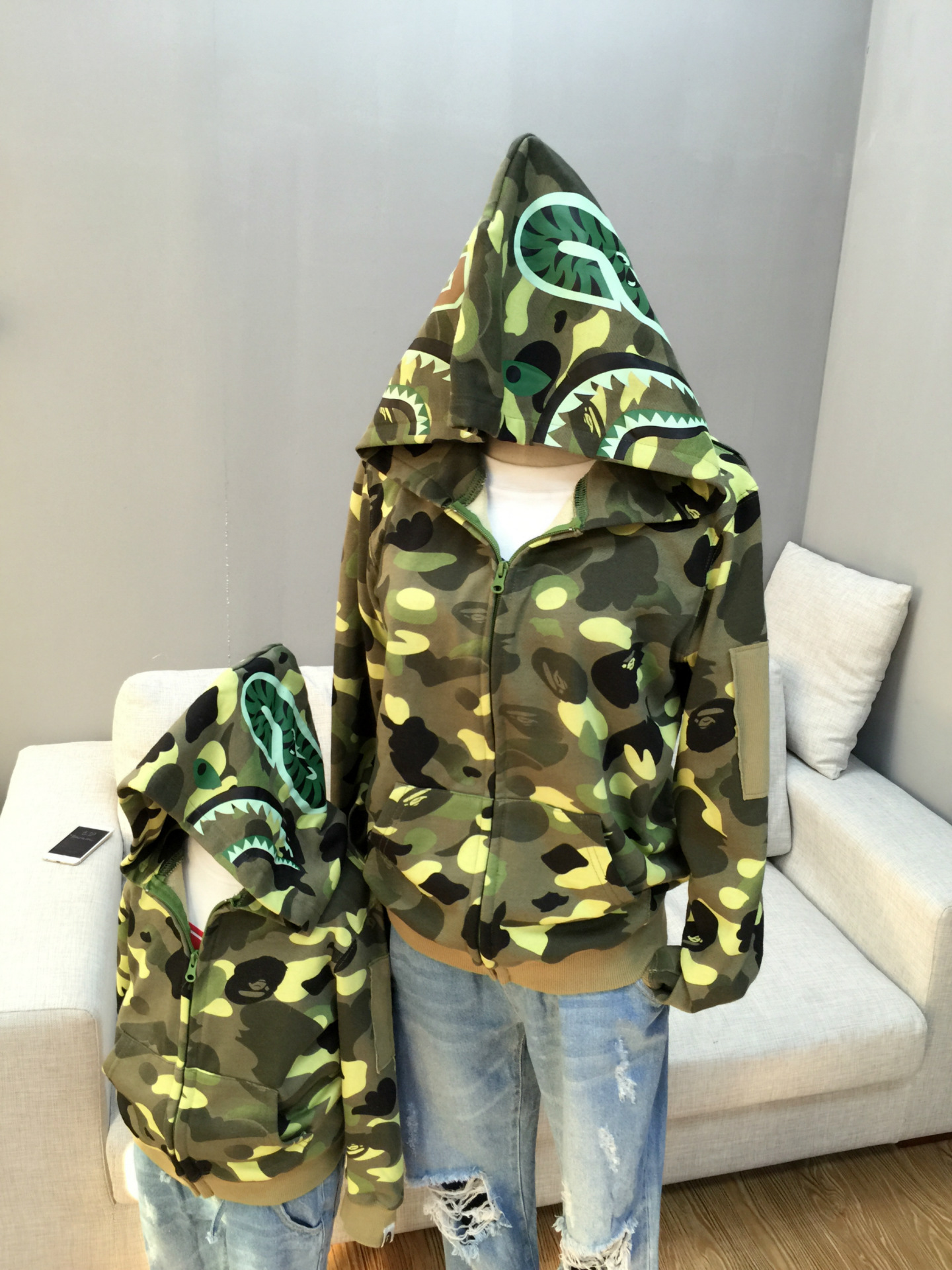 ФОТО 2016 New Winter Coat Camouflage Shark Hoodie Sweater jacket girls autumn Plus Velvet Girls Boys Family Fitted Coat Lovers Jacket