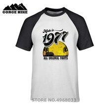aa235413c99152 Degli uomini di estate Manica Corta T-Shirt Made in 1977 Tutte Le Parti  Originali di 41st Regalo Di Compleanno Ragazzi queens .