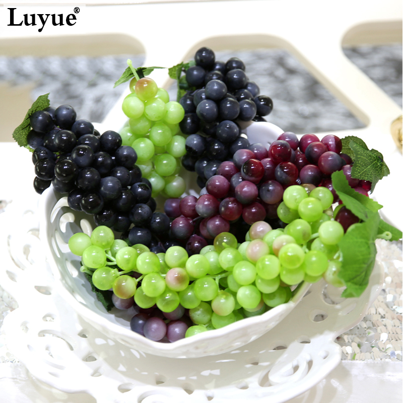 Luyue 3 unids / lote Planta Artificial Simulación Fruta Uvas Jardín De Plástico Falsa Decorativa Fruta Home Wedding Party Garden Decor