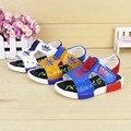 Verano Lindo antideslizante Zapatos de Los Niños Niño Sandalias Casuales 2016 Niños Recortes sandalias de Niño Pequeño Niño Ocasional zapatos