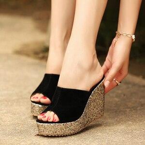 Image 3 - 2020 패션 Sequins 높은 뒤꿈치 슬리퍼 여성 여름 신발 스웨이드 플랫폼 샌들 숙 녀 웨지 샌들 플립 퍼