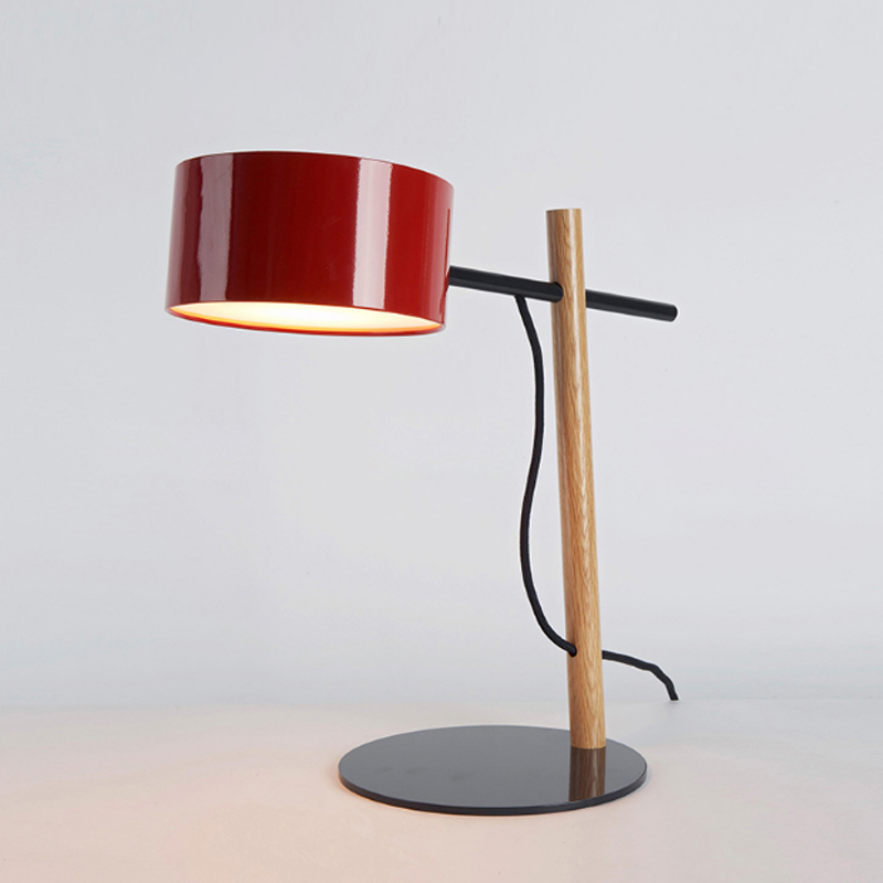 Nordic modern industrial style office decoration table lamp E27 simple paint steel lighting oak lamp body table lamp