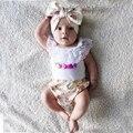 Bebé ropa de niña de verano 2016 recién nacido ropa de los bebés Sin Mangas de encaje blanco de La Camiseta + pantalones cortos impresos diadema 3 unids conjunto infantil