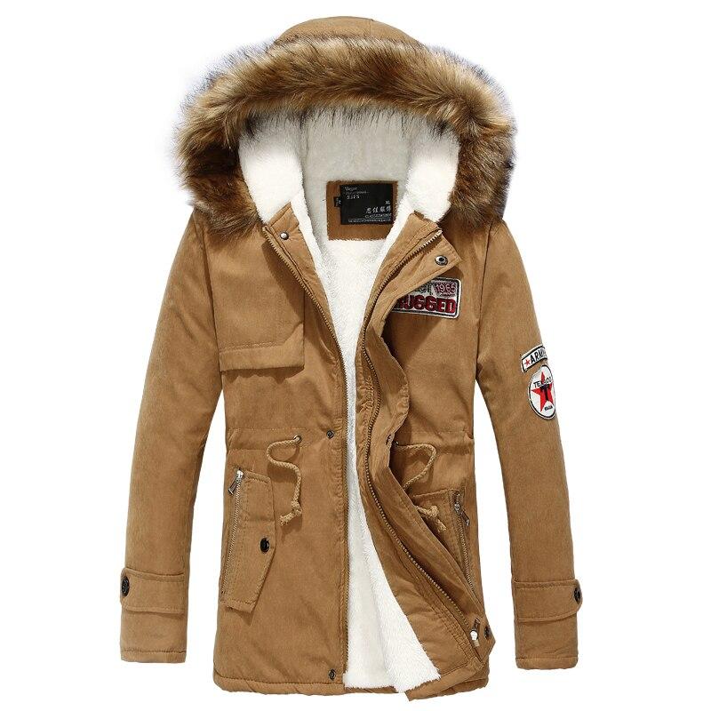 Par de invierno de moda parka hombres mujeres algodón Pieles de animales collar grueso caliente insignia capa encapuchada más el tamaño 4xl chaqueta delgada outwear