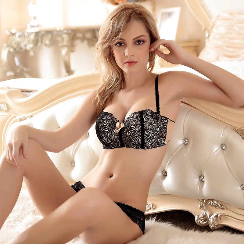 Free Shipping Sexy Lace Bra Briefs Set Embroidery Ultra -2658