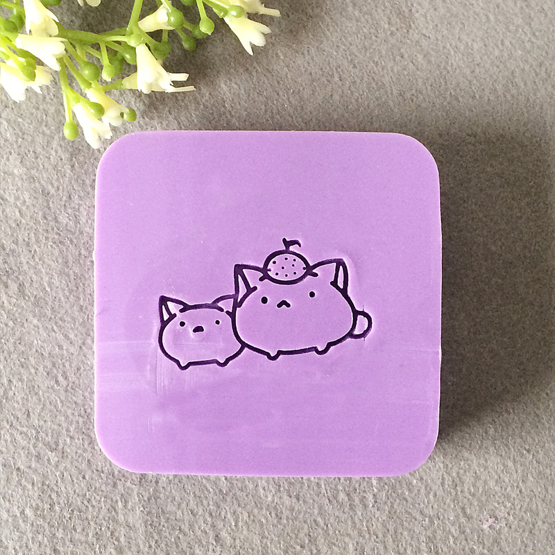 Free shipping handmade and CAT pattern Mini diy soap stamp chaprter seal 4*4cm dirty soap and timed disappearing bloody soap bars 2 pack