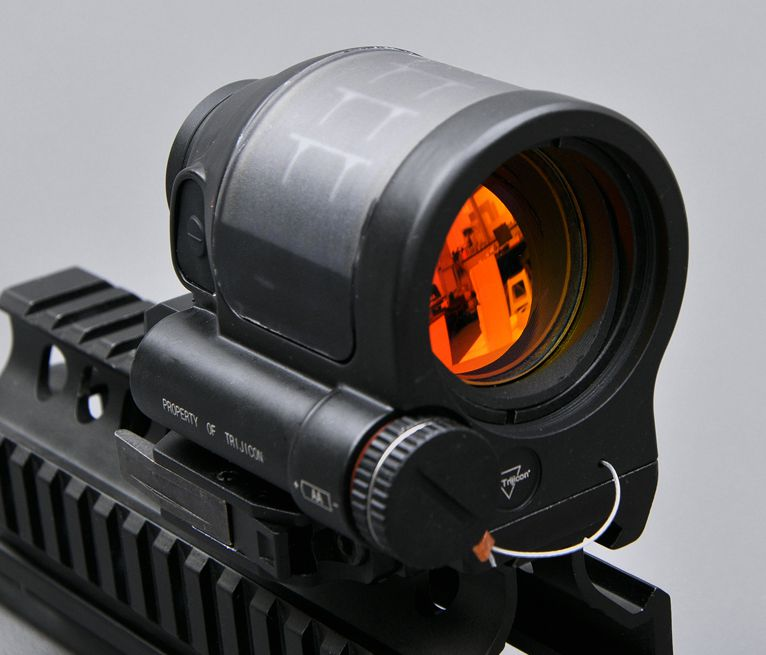 Red Dot Sight 1X38 SRS Solar Power System Hunting Reflex Sight Tactical Airsoft Trijicon Rifle Scope Optics With QD Mount Optics aim o red dot tactical hunting sight scope srs reflex 1x38 iron optics riflescope for airgun ao3040