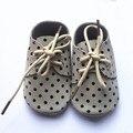 Zapatos de cuero de gamuza marrón claro camper amarrarse los zapatos 2016 de bebé más populares de oxford zapatos de cuero