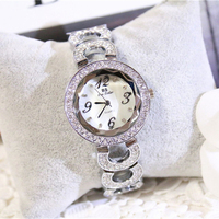 Free Shipping 2017 Hot Sale Women Casual Quartz Watch Antique Wristwatches For Ladies Fashion Design