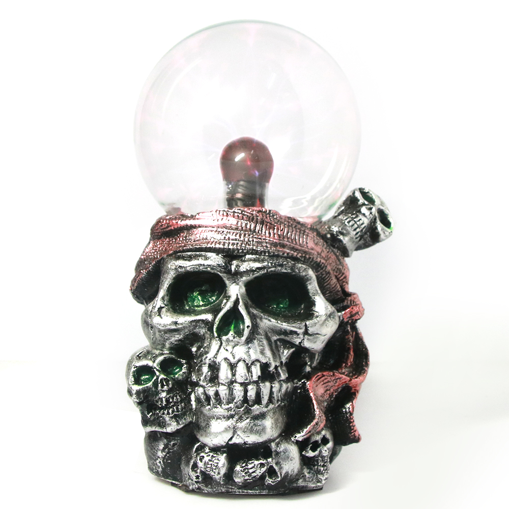 Pirate Skull with Red Bandana Statue Plasma Ball Lighting Piled Skulls Resin Figurine Buccaneer Gothic Skeletons Ornament Decor