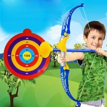 68d660141 Crianças jogo De Tiro de Caça Tiro Com Arco Arco Com a Seta Conjunto Seguro  para Jardim Parque de Diversão Toxophily Crianças Br..