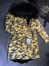 Elegant new style long jacket black faux fur lined and big real raccoon fur hood army camouflage coat Mr Mrs fur parka
