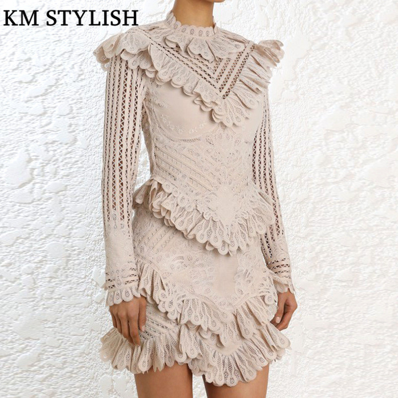 Australian Tide brand Zim2018 Catwalk Autumn winter New Heavy industry Water soluble lace Embroidered stitching Ruffled Dress