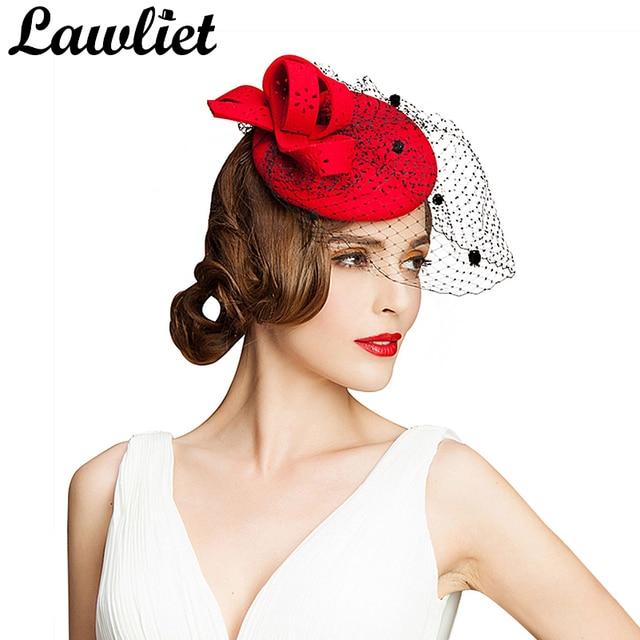 Delle donne del Cappello di Fascinator Autunno Inverno Hollow Velo Feltro di  Lana Donne Vestito Da ba0cec83f745