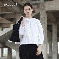 Cakucool Dark Black Solid White Women Three Quarter Puff Sleeve Blouse Shirt Peter Pan Collar Loose