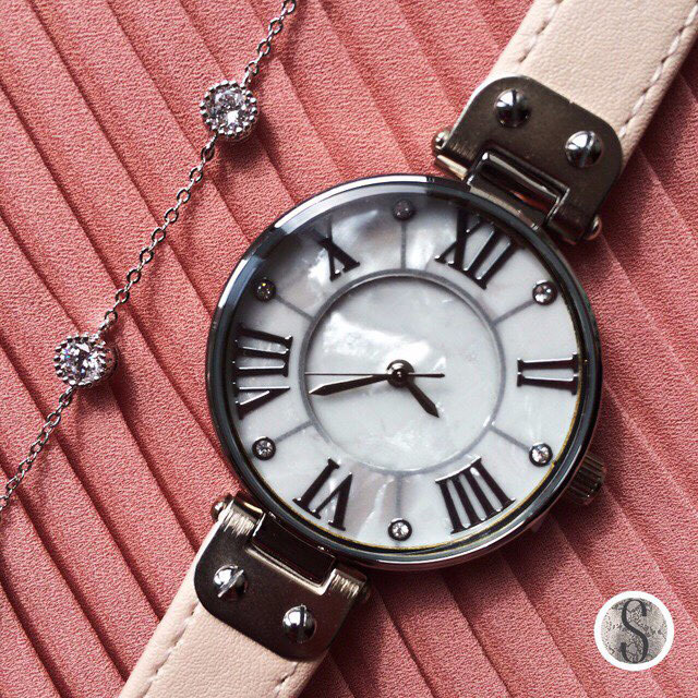 Fashion watches women leather strap mother of pearl dial face