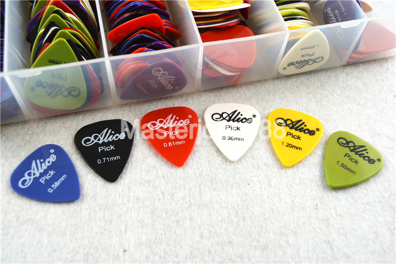 Lots of 50pcs Alice Smooth Nylon Electric/Acoustic Guitar Picks 6 Thickness Optional Free Shipping