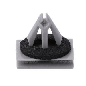 Image 2 - Clips de moulage à bascule de 25 pièces avec scellant pour Ford Explorer