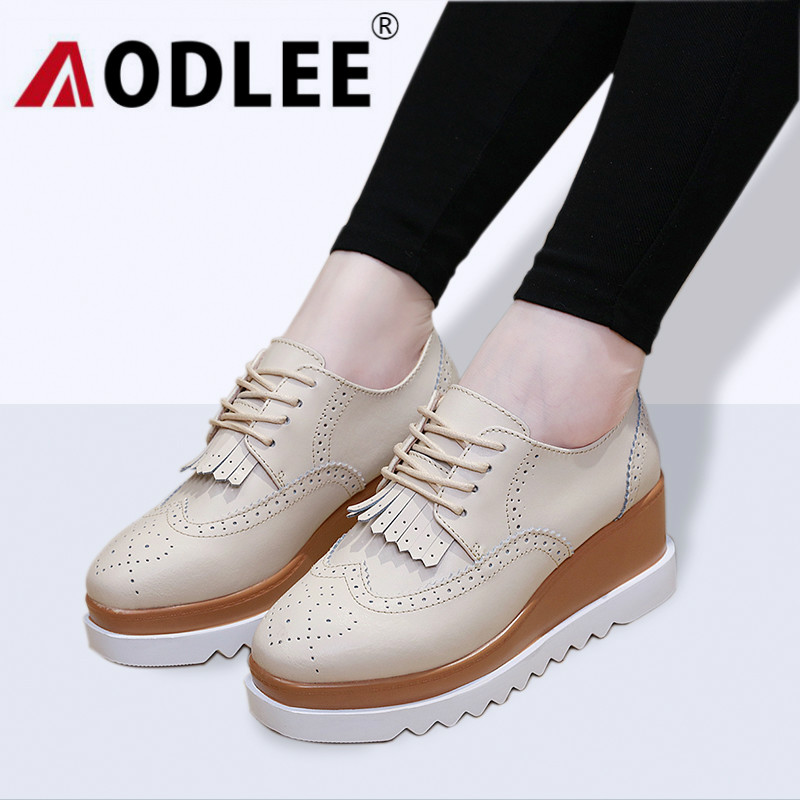AODLEE Fashion Women Oxfords Flats Platform Shoes Genuine Leather Fringe Lace Up Brogue Shoes Brand Creepers Heels Ladies Shoes 2017 women genuine leather brogue flats shoes patent leather lace up pointed toe luxury brand red blue black pink creepers