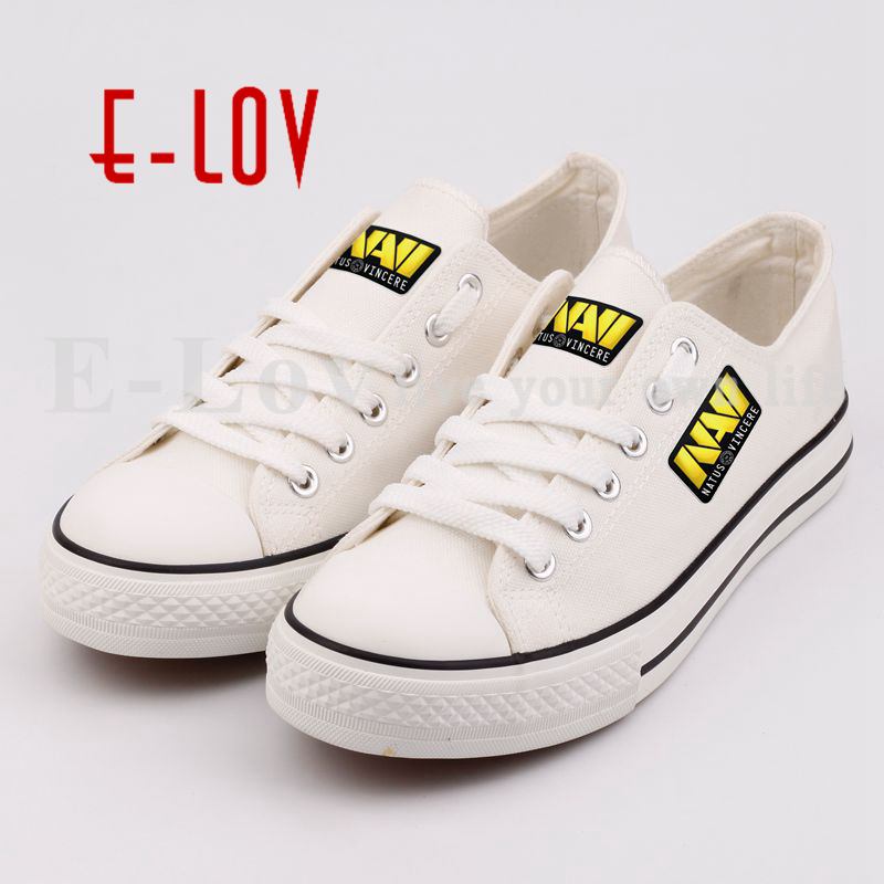 Customized Printed Canvas Shoes Women Low Top Walking Shoes Print Custom Lace-up Unisex Casual Flat Shoes Plus Size Women's Shoe