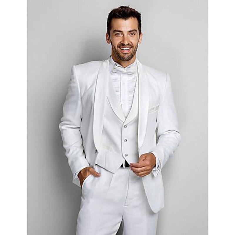 Белый костюм жениха фото