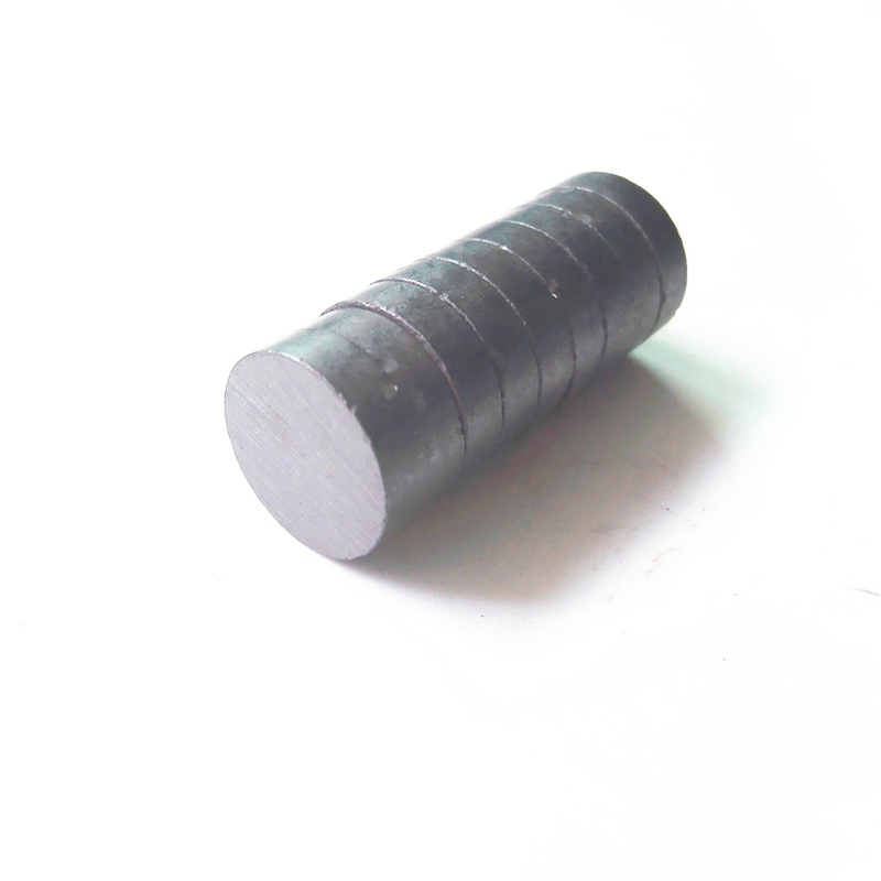 Ferrite Magnet Disc Dia 15x4 mm grade C8 Ceramic Magnets for DIY Loud speaker Sound Box black board home use 100 1000pcs ferrite magnet disc dia 13x4 mm grade c8 ceramic magnets for diy loud speaker sound box black board home use