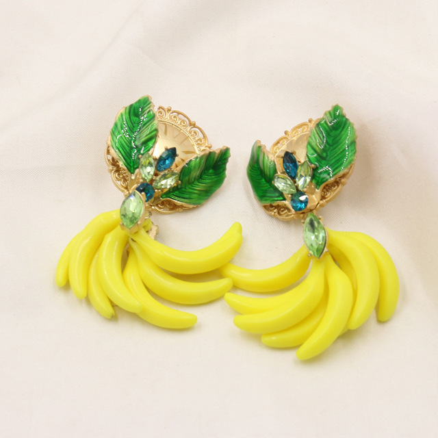 2017Top Quality Exaggerated Baroque Banana Leaves Crystal Clip On Earrings Party Jewellery Fruit Earings 387