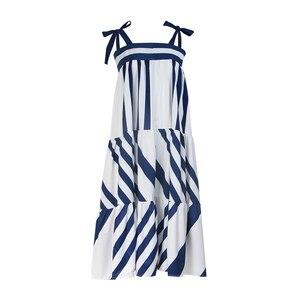 Image 2 - Twotwinstyle listrado cinta de espaguete longo vestidos femininos casuais fora do ombro para trás menos laço até roupas femininas 2020 moda