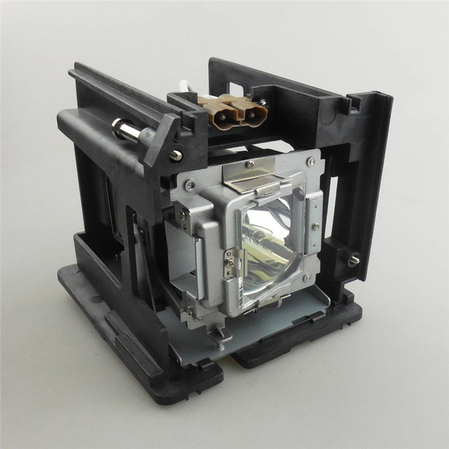 Replacement Projector Lamp with Housing SP-LAMP-066 for INFOCUS SP8604