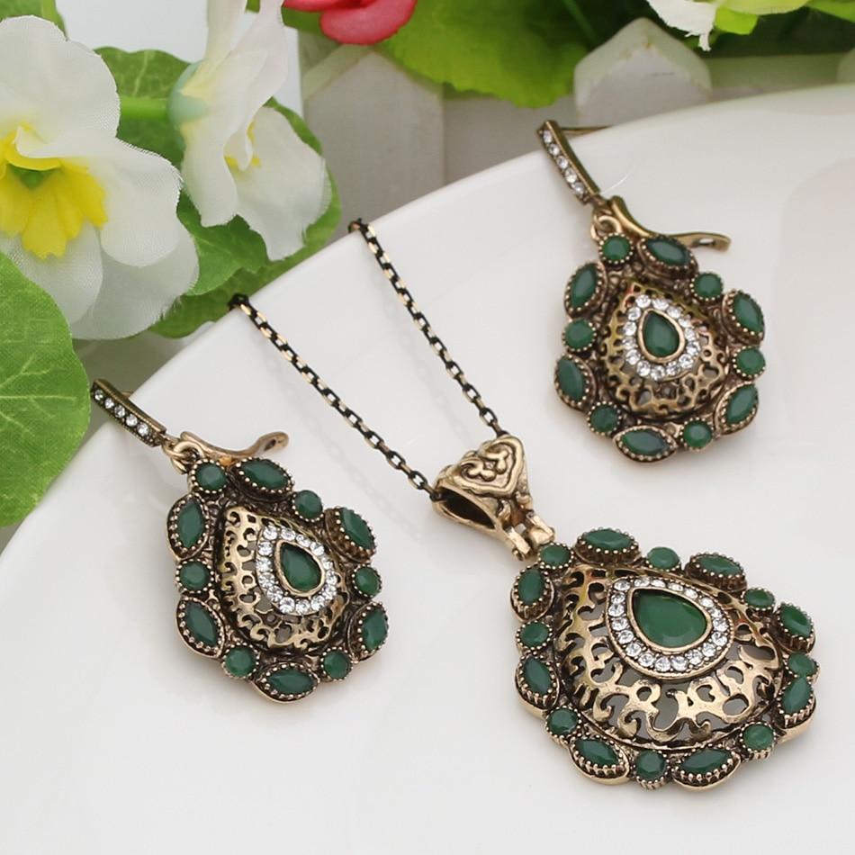 Nuevo estilo 3pcs Conjuntos de joyas Turco Antiguo Color dorado Ahueca hacia fuera Pendientes florales y Collar y anillo Mujeres Princesa Ganchos Bijoux