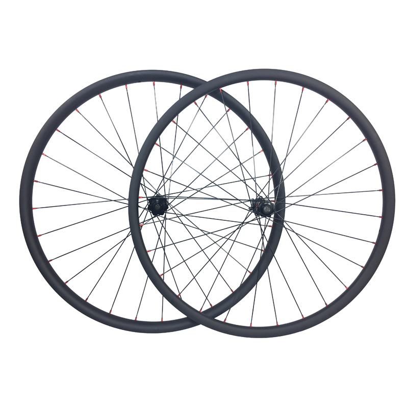 1268g SUPER LIGHT 240s carbon boost wheelset 29er MTB XC 30mm x 22mm asymmetric clincher tubeless straight pull mountain wheels factory direct mountain bike clincher wheelset 29 inch 27 5er carbon mtb wheels 29er 650b carbon mtb wheels tubeless rims