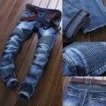 De alta Calidad Pantalones Vaqueros Rasgados Hombres Remiendo de La Manera Pantalones Vaqueros Robin 2017 nuevos Hombres Pantalones Slim Fit Jeans de Marca de Los Hombres Del Motorista Denim pantalones vaqueros