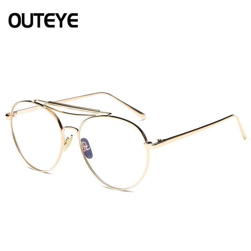Objectif clair Cadre En Verre Transparent Spectacle Lunettes Pour Hommes  Femmes Rétro Optique En Verre Or Titanium Monture de lunettes Lunettes dans  ... 6d964ced6d2a