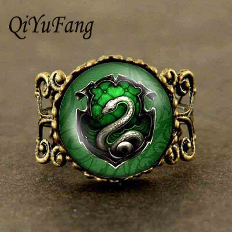 The hallows kematian ular hijau Hogwarts seal Adjustable cincin Baja 1 pcs / lot wanita perempuan Batu gothic man vintage ste ...