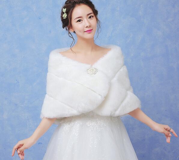 rapide gratuite fure de mariage vestes blanc faux toles de fourrure pour lhiver - Tole Blanche Mariage
