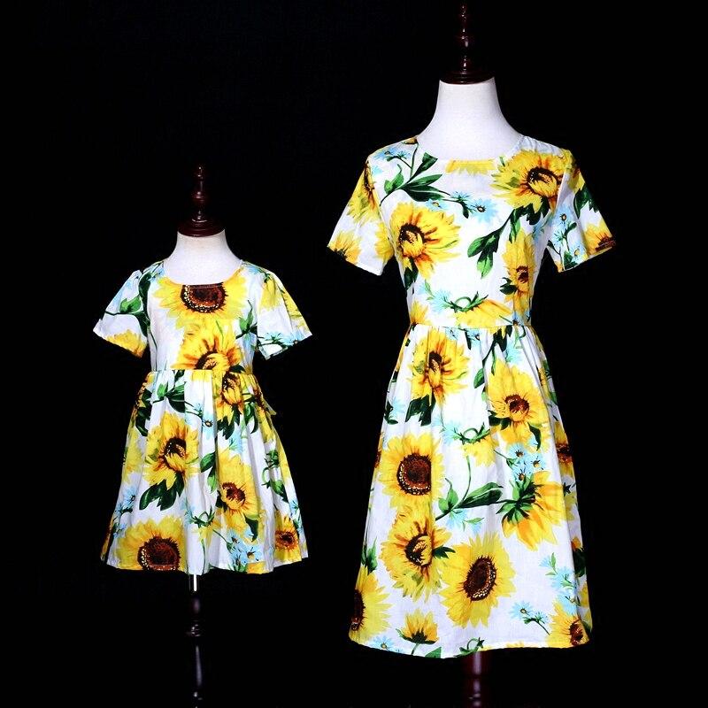 Été enfants fille tournesol manches courtes 100% coton famille vêtements mini moi enfants maman fille plage robe mère fille robe