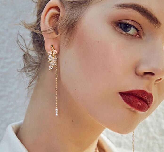 Temperamen Yang Elegan Gaya Korea Fashion Panjang Acrylic Drop Anting-Anting Klasik Sederhana Mutiara Anting-Anting Hot Sale Pernikahan Anting-Anting