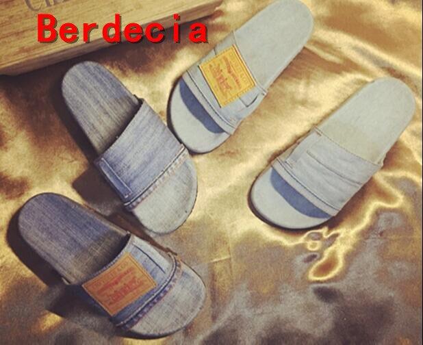 ФОТО hot selling woman slipper 2017 newest open toe denim blue flat sandal vintage hot selling slides light blue slipper