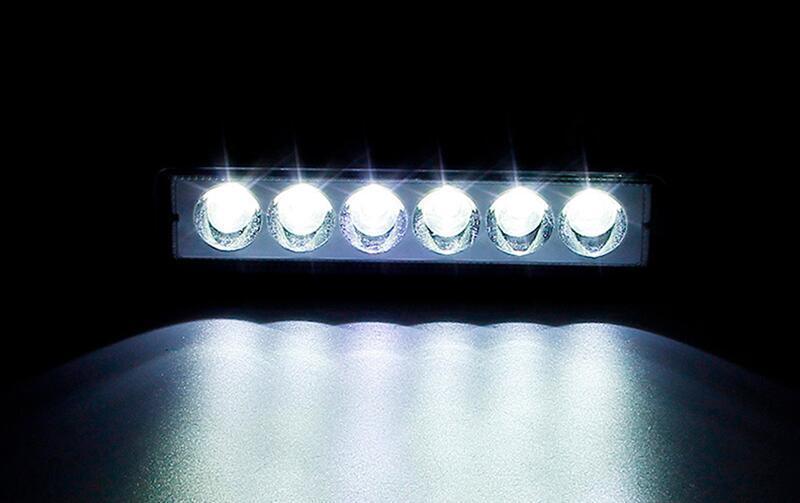 18W-Flood-Cree-LED-Light-Work-Bar-Lamp-Driving-Fog-Offroad-SUV-4WD-Boat-Truck-Sense-Light(9)