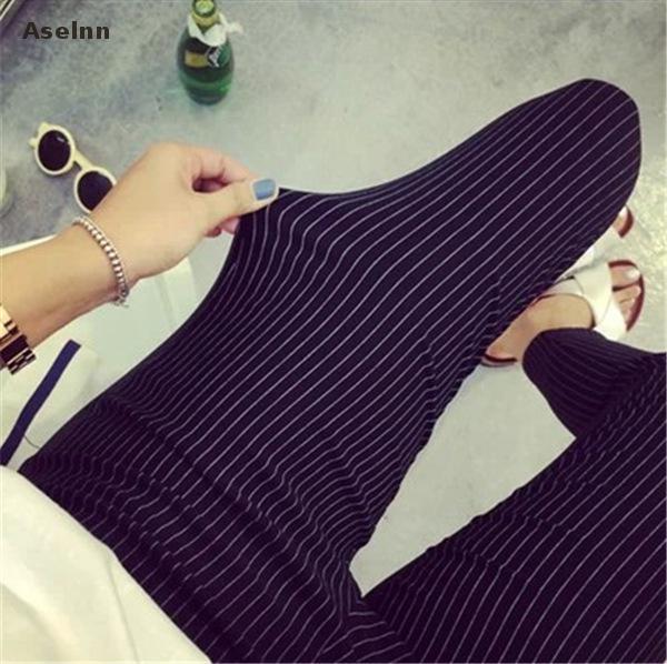 Aselnn 2018 Frühling und sommer Neue Mode Frauen Vertikale Gestreifte Hose Weiblichen Bleistift knöchellangen Hosen Weiß Schwarz Hosen