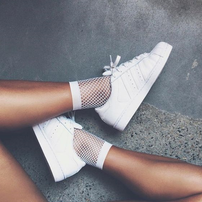 New White Hollow Sock Women Ruffle Fishnet Ankle High Socks Mesh Lace Fish Net Short Socks Hot