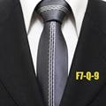 Lingyao 2017 Top Moda Corbata Gravata Cinza com Listras Brancas